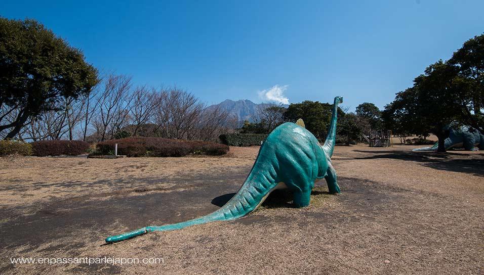 parc-dinosaures-sakurajima